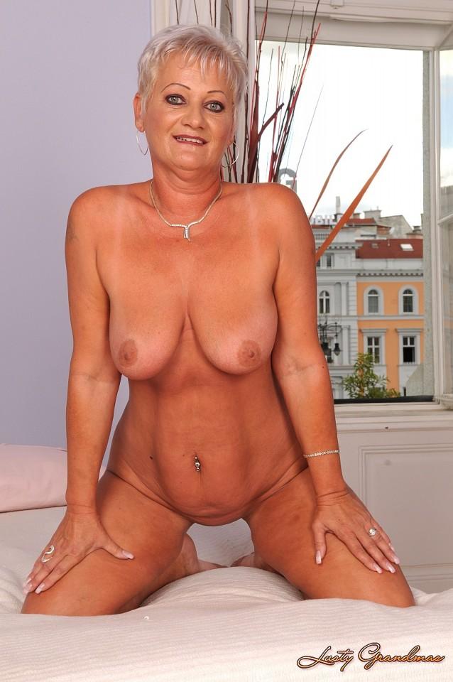 Monica bellucci sexy pics