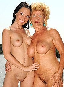 Lusty Grandmas Effie 69 on the pier img