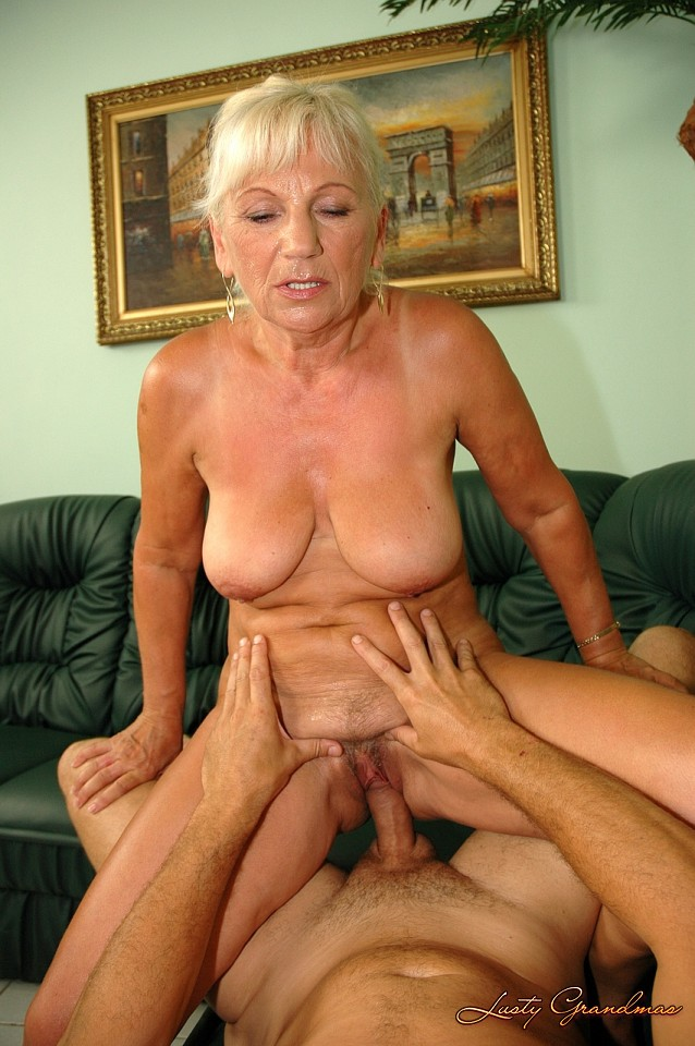 My sweetheart plays with pussy