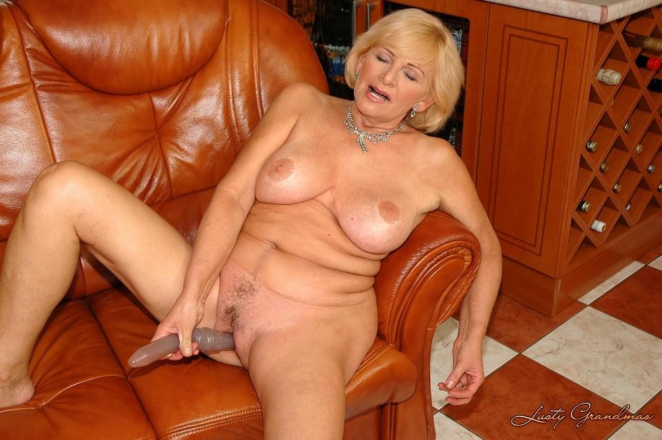 miley cyrus naked hd photos